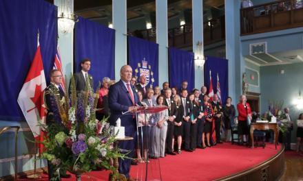دموکرات نوین قدرت را در بریتیش کلمبیا در دست گرفت