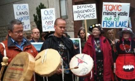 تصمیم دولت کلارک در آخرین روزهای کاری: معدن به جای پارک