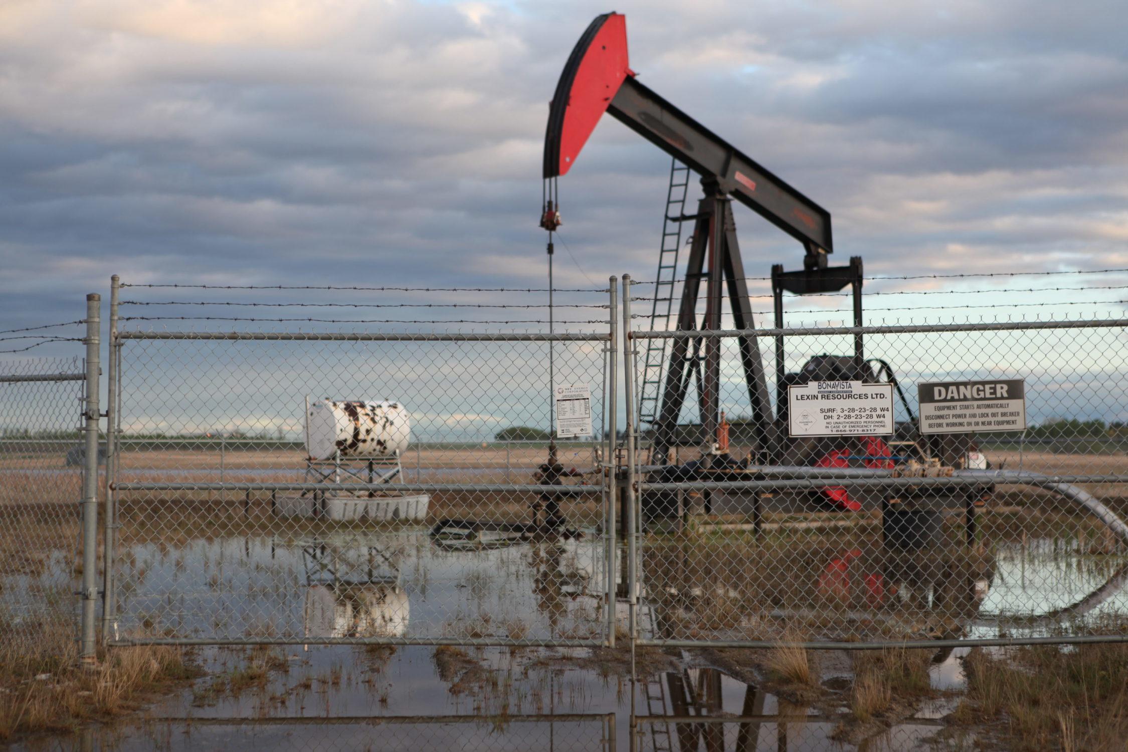 Oil-Well-danger-sign-e1503498074755