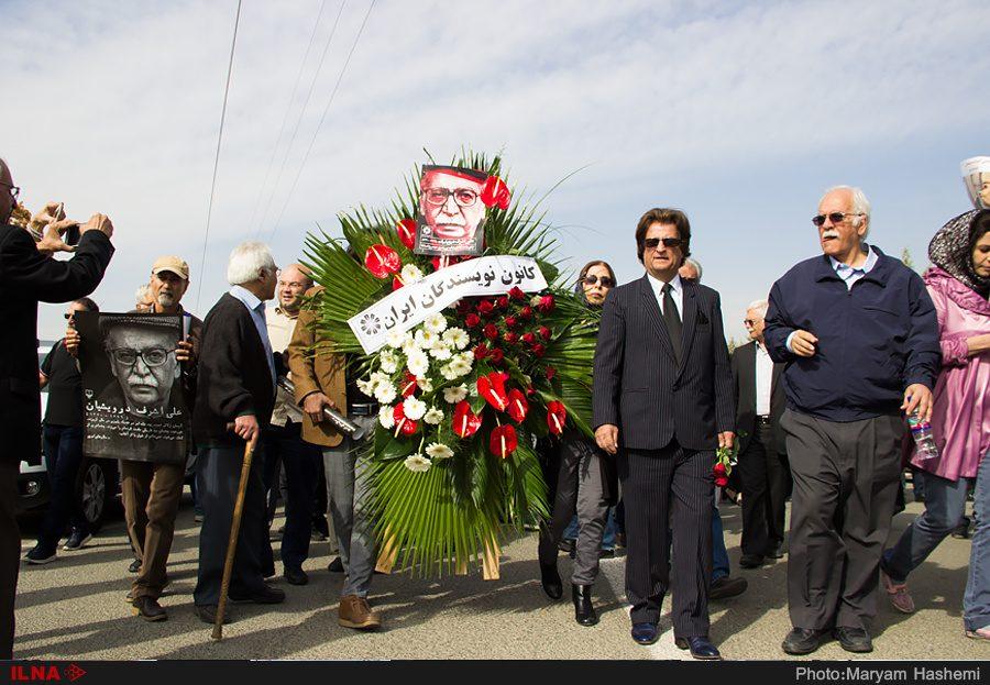 گزارش کانون نویسندگان ایران از مراسم خاکسپاری پیکر علیاشرف درویشیان
