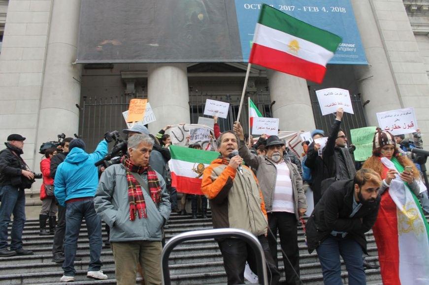 Photo-by-Mahin6 چگونه جنبش مردم در داخل ایرانبه خارج از کشور جان داد