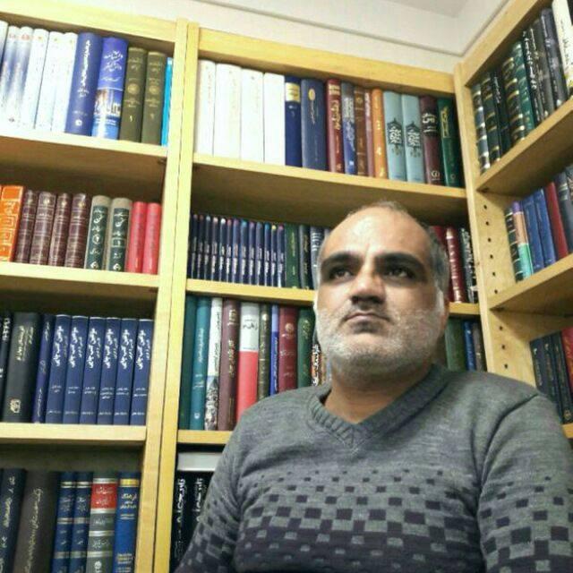 معرفی کتاب الف. بابا – نوشته رضا روزبهانی