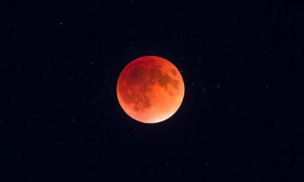 بزرگترین ماه گرفتگی قرن در راهاست