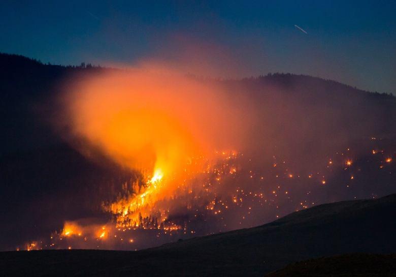اعلامیه هشدارآمیز دولت با گسترش آتشسوزیهای جنگلی در استان بریتیش کلمبیا