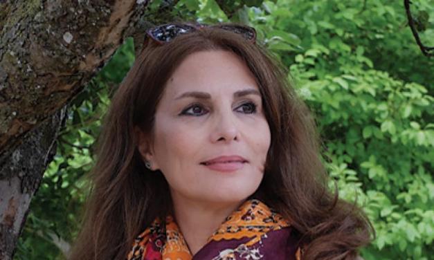 گفتوگو با آزیتا قهرمان؛ شاعر، نویسنده و مترجم ایرانی ساکن سوئد
