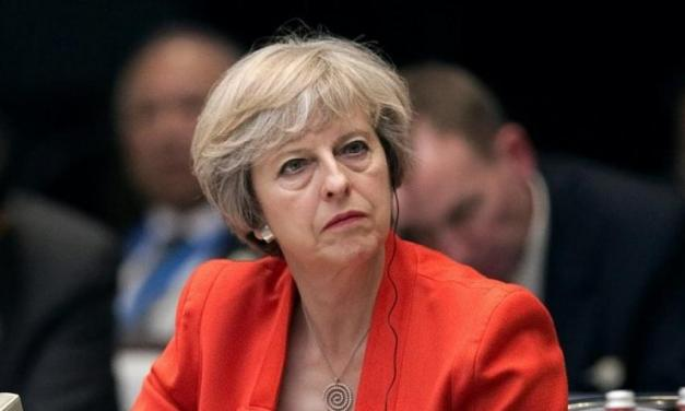 """بریتانیا در """"برزخ"""" یک تصمیم تاریخی"""