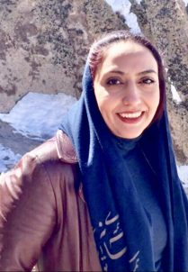 Leila-Darakhsh-209x302 هدایت و داستان نویسی معاصر