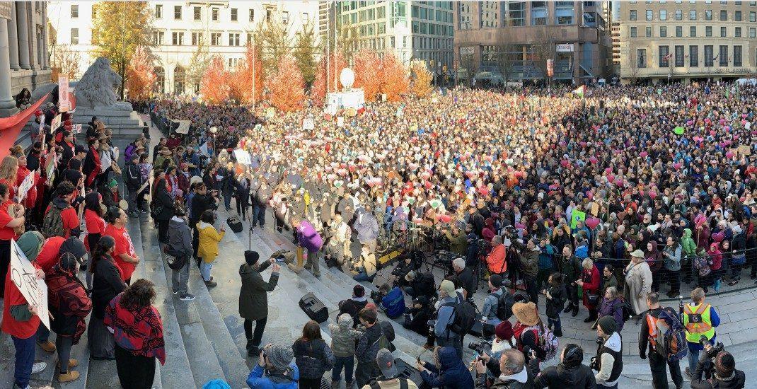 راهپیمایی اعتراضی تغییر آب و هوایی در ونکوور با شرکت گرتا تونبرگ