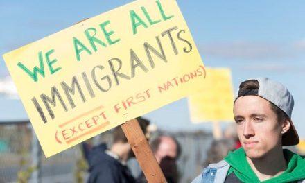 همه ما مهاجر هستیم، بجز بومیان اولیه