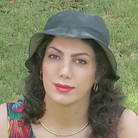 Farnaz-Jafarzadegan نگاهی به یک شعر فرناز جعفرزادگان از مجموعهٔ «ثانیههای گیج»