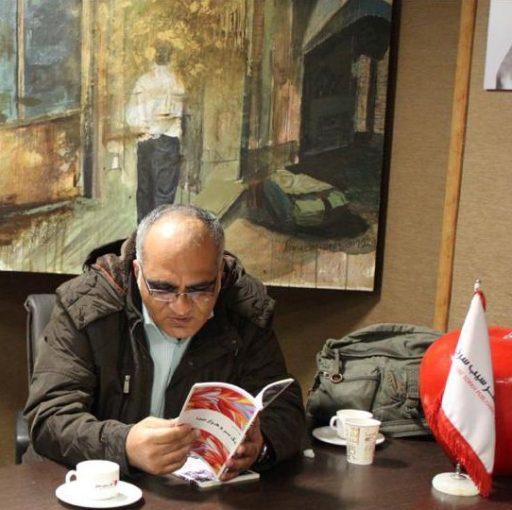 Naghad-e-Ketab-Almasi-Rouzbehani-512x510 نشست نقد و بررسی «منظومهی بیقطر و قد» و «یک سر و هزار صدا»، دفترهای شعر بهار الماسی