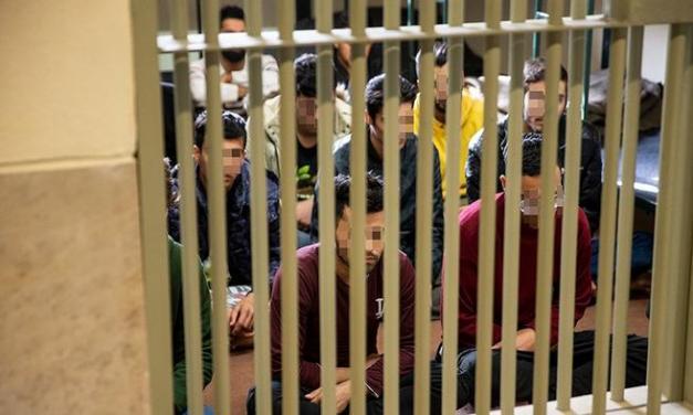 خطر شیوع ویروس کرونا در زندانهای ایران و گسترش آن بسیار جدی است!