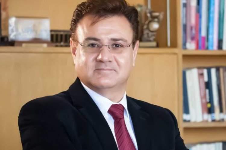 فرزاد شیریفیان زبانشناس ایرانی درگذشت